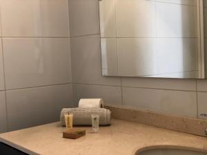 Un baño de Departamento Centro Santiago-Metro Santa Lucía