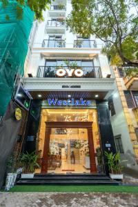 OYO 133 Westlake Tay Ho Hotel