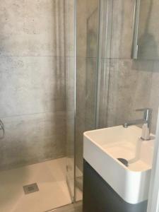 A bathroom at Residence Tonduti