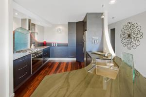 A kitchen or kitchenette at Pure Indulgence