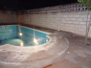 The swimming pool at or near Reposo de Reyes