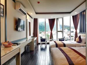 DHP Luxury Hotel