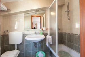 Kupaonica u objektu Villa Pavica