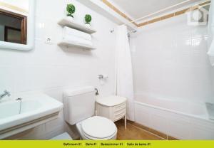 Een badkamer bij Solhabitat Casa Varouna