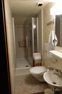 Ein Badezimmer in der Unterkunft Ferienwohnung Kritz