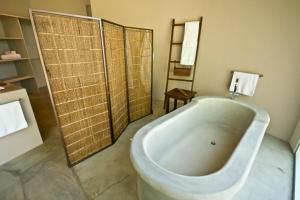 A bathroom at Recreo Costa Rica