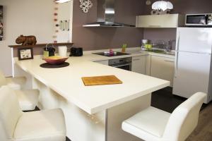 Küche/Küchenzeile in der Unterkunft Residence Tahiri Appartement vue mer