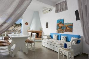 A seating area at Miramare Milos