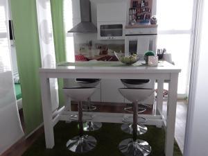 Kuhinja oz. manjša kuhinja v nastanitvi eLita - Family Apartment