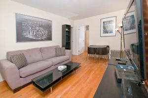 A seating area at Yorkville Apartments -Upper East Side