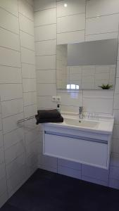 A bathroom at Bed & Breakfast In den Groene Specht