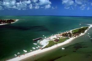 Uma vista aérea de Temporada Casa na Ilha de Itamaracá