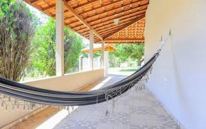 A balcony or terrace at Chácara Recanto do Lago - Socorro SP