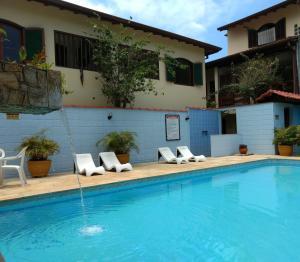 A piscina localizada em Chalés Estrela Do Mar ou nos arredores