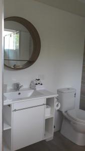 A bathroom at Club D
