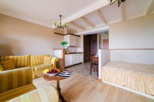 Гостиная зона в Apartamenty Portowe