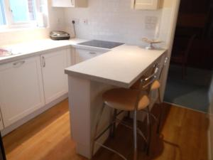 A kitchen or kitchenette at Cherry Palace 3 BDR - Parking Spaces - Families/groups