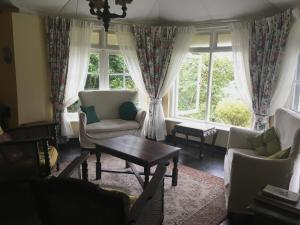 A seating area at Glenesk Bungalow