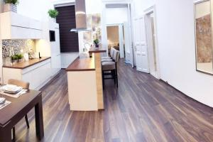 A kitchen or kitchenette at Grand Eliza 3bedroom Luxury Apt at Blaha (centre)