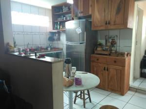 Een keuken of kitchenette bij Residência 2 Dorms no Braga
