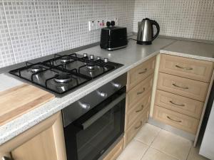 A kitchen or kitchenette at Royal Residence Kyrenia