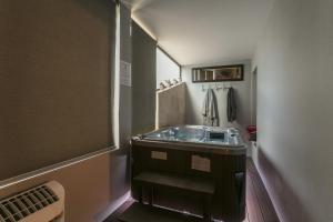 Salle de bains dans l'établissement SUIT & LOVE