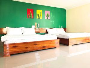 Ngoc Huong Hostel & Apartments