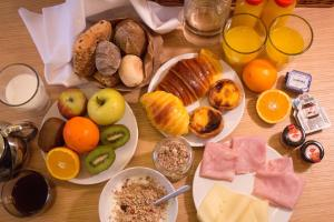 Breakfast options available to guests at ORM - 3 C´s Apartments