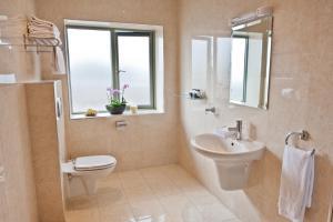 A bathroom at Park Place Apartments