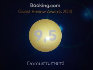Certifikát, hodnocení, plakát nebo jiný dokument vystavený v ubytování Domusfrumenti
