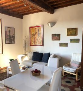 Coin salon dans l'établissement Casa Emilio