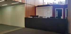 The lobby or reception area at Red Bā Skyline Central