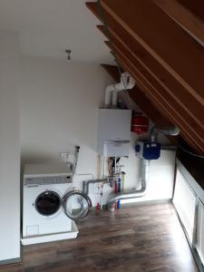 Majoituspaikan Aan de Kwakel keittiö tai keittotila