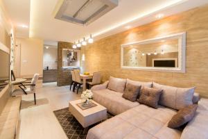 A seating area at Apartmani Eleganza & La Vista