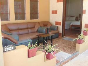 A seating area at panglao moravian apartments