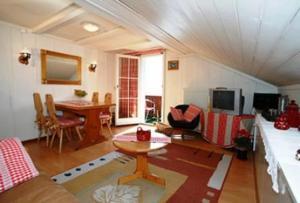 Ein Sitzbereich in der Unterkunft Holiday Apartment Bellevue