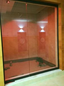 A bathroom at Apartamentos Arco