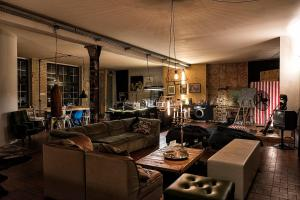 A restaurant or other place to eat at Storage Loft Apartment