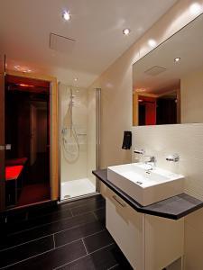 A bathroom at Ischglliving Appartements