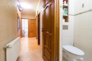 A bathroom at Apart39 on Gaidara 175