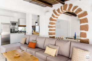 Een zitgedeelte bij Villas Kamezi