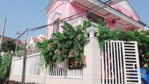 Pink house Homestay
