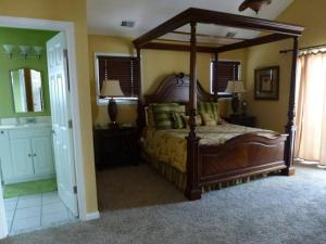 A bed or beds in a room at Ocean Side Single Family in Brant Beach 140118