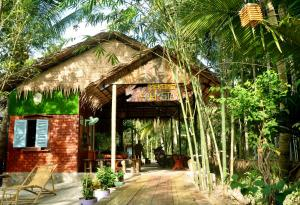 Mekong Farmstay CanTho - C.R Floating Market