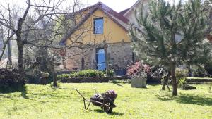 A garden outside Quinta do Senhor