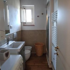 A bathroom at Mercatale