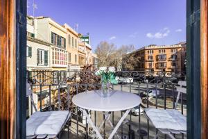 A balcony or terrace at Borne Suites - Turismo de Interior