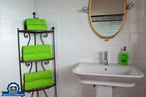 A bathroom at Finca La Tosca