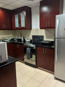 A kitchen or kitchenette at Three bedroom Apartment - Murjan JBR
