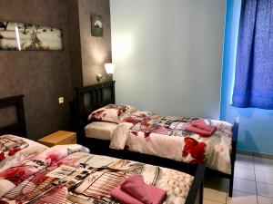 A bed or beds in a room at Renovated Apartment in Antwerp city center
